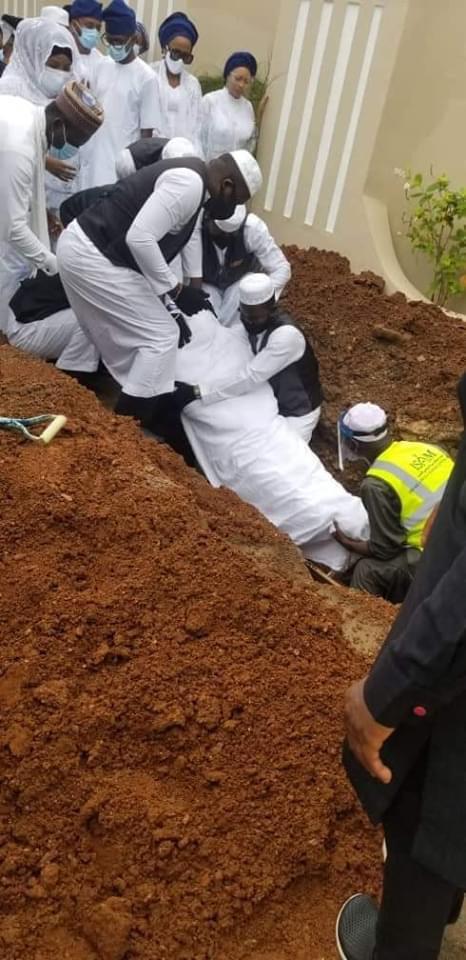 Former Oyo Governor, Abiola Ajimobi Buried In Ibadan (Photos)