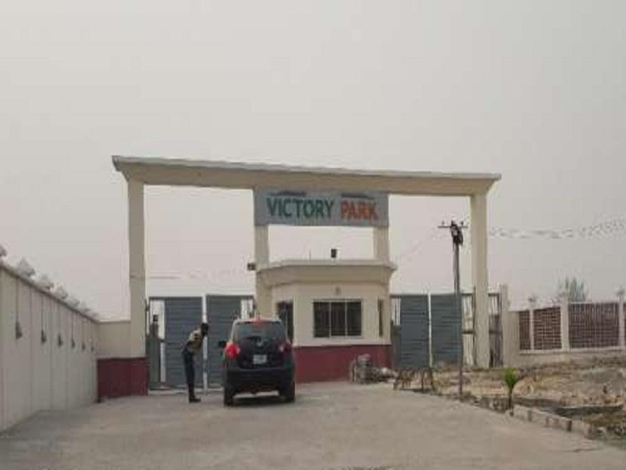 Nigerian Man Murders Wife, Then Commits Suicide In Their Home In Lekki