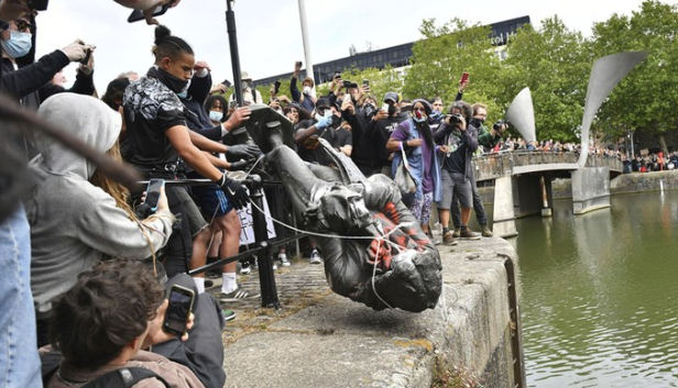 Angry Protesters Have Pulled Down A Statue Of A Slave Trader Edward Colston