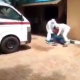 Man Fights NCDC Officials Who Tried Taking Him To Isolation Centre (Video) 6