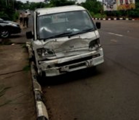 Man Falls Off Vehicle And Dies In Anambra