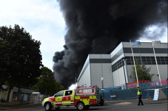 Heavy Fire Breaks Out In Birmingham (Photos) 7