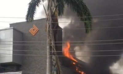 Access Bank In Lagos Gutted By Fire (Video) 13