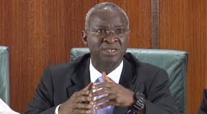Fashola Reveals The Huge Amount FG Is Owing Road Contractors