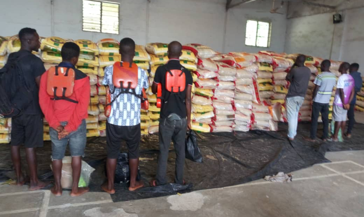 8 Suspected Foreign Rice Smugglers Arrested By Navy