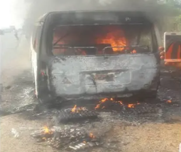 Lagos-Ibadan Expressway Accident Leaves 8 People Burnt To Death (Photos)