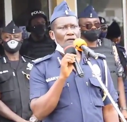 Ghanaian Police Officer Advises His Colleagues To Reduce Their S3x Rounds Ahead Of The 2020 General Elections (Video)