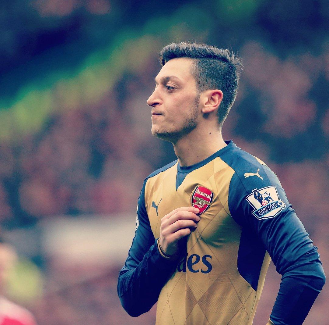 No Messi: Mesut Ozil Names His Dream XI