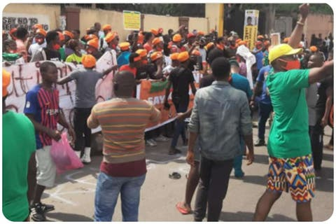 Police Arrest 30 #RevolutionNow Protesters In Lagos