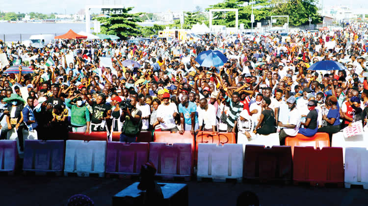 Lagos State Loses N234m As #EndSARS Protesters Close Tollgates