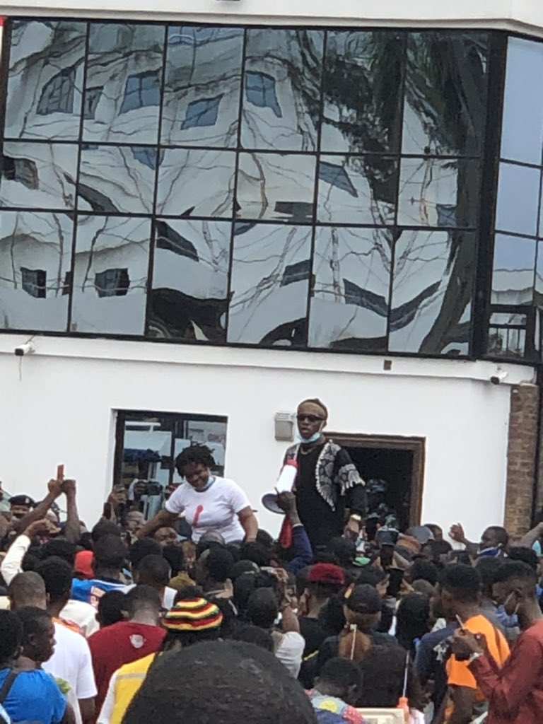 Small Doctor Leads Massive Crowd To #EndSars